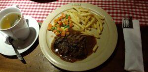 Kuliner Bandung - Steak Legendaris